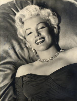 Signed Marilyn Monroe photograph