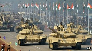 Army tanks in Delhi - 26 January 2004