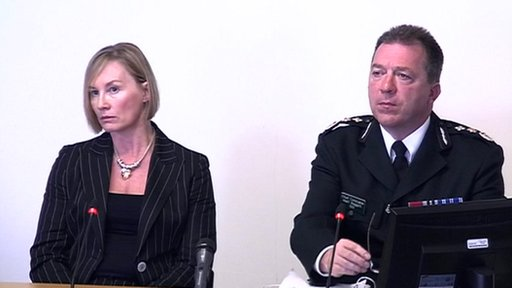 Liz Young and Chief Constable Matthew Baggott, from the PSNI
