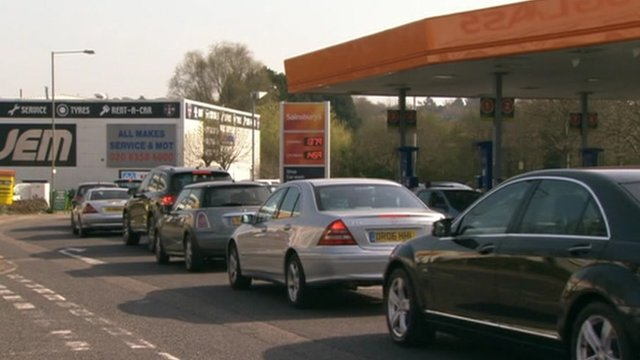 Drivers queue fro fuel