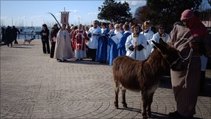 Hamble Palm Sunday procession