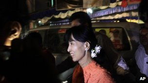 Aung San Suu Kyi in Wah Thin Kha, 30 March