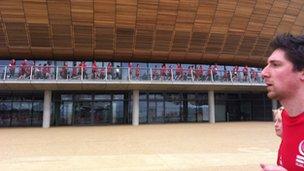 Runners at Velodrome