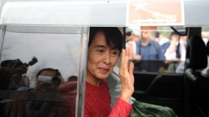 Aung San Suu Kyi arrives to vote in Kawhmu. 1 April