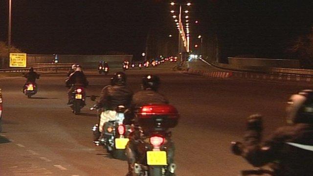 Motorcyclists crossing the Humber Bridge