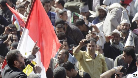 Khairat al-Shater addresses a crowd in Cairo's Tahrir Square (4 March 2011)
