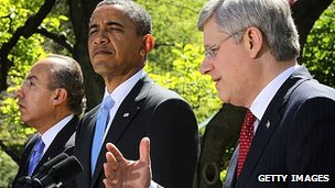 President Felipe Calderon, President Barack Obama and Prime Minister Stephen Harper at the White House. 2 April 2012