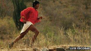 The Tarahumara runner Arnulfo Quimare