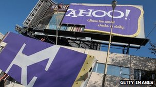 Yahoo billboard being dismantled in California