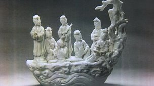 Stolen Dehua porcelain sculpture