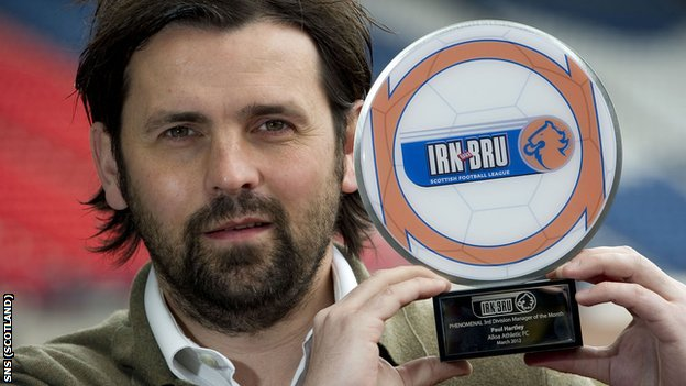 Alloa Athletic manager Paul Hartley won the Scottish Third Division manager of the month award for March