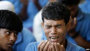 A Rohingya refugee prays in Friday prayers