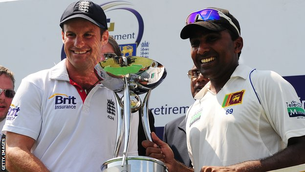 Captains Andrew Strauss and Mahela Jayawardene with the Test series trophy