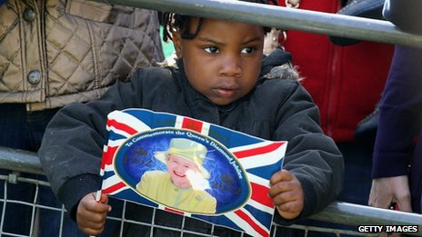 Crowds gather for the Queen&#039;s visit to Redbridge, London