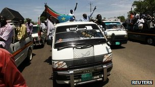 Supporters of the Sudan People's Liberation Movement (SPLM) take part in a rally in Juba in support of South Sudan taking control of the Heglig oil field, 13 April