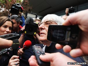 Bernie Ecclestone speaks to reporters in Shanghai (13 April 2012)