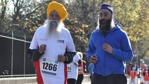 Fauja Singh in the Newham run