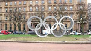 Mock-up of how Olympic rings in George Square will look