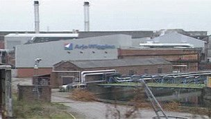 Ely Bridge paper mill, in 1998