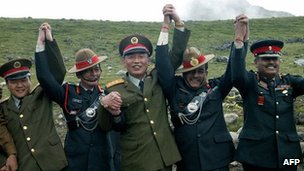 Indian and Chinese army officers join hands in Bomla, Arunachal Pradesh - 15 August 2004