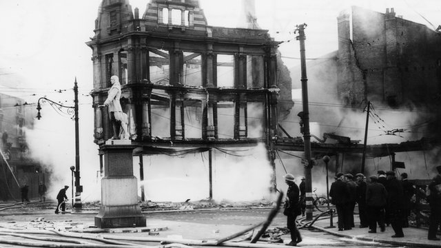 Firefighters at the corner of King Edward Street, Hull