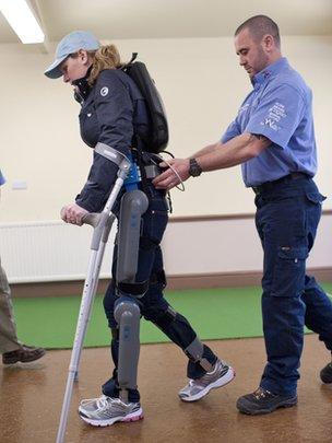 Rewalk Claire lomas marathon londres