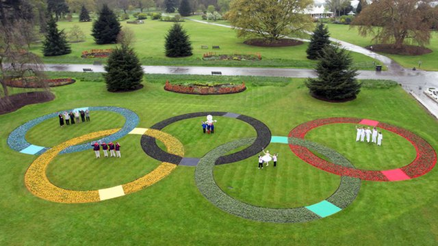 Olympic rings made up of flowers