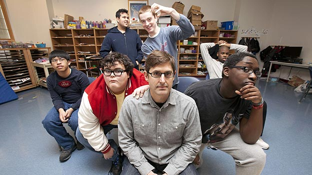 Louis Theroux with students from the DLC Warren 