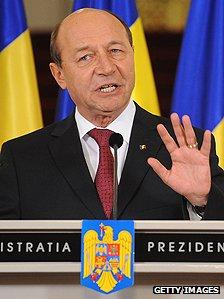 Traian Băsescu – Wikipédia  |Traian Basescu