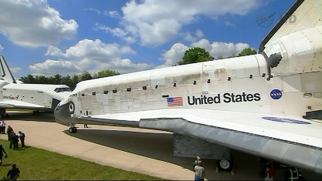 Space shuttle arrives at new home - BBC News