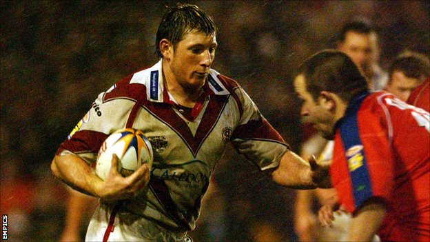 Rochdale Hornets coach John Stankevitch in action for St Helens