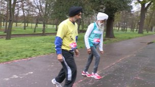 Fauja Singh and Harmander Singh in training