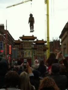 Diver giant in Liverpool over Chinese arch