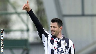 Steven Thompson netted a hat-trick for St Mirren
