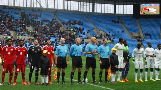 The teams before kick off