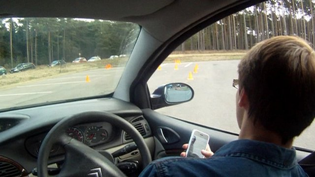 Driving with mobile phone