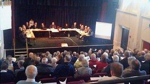 Wind farm council meeting