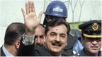 Pakistan&quot;s Prime Minister Yusuf Raza Gilani waves after arriving at the Supreme Court in Islamabad April 26, 2012.