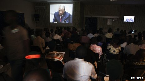 People at the Special Court for Sierra Leone watch a live broadcast of the verdict being delivered by a United Nations-backed court in the Hague convicting former Liberian president Charles Taylor of war crimes, in the country&#039;s capital Freetown April 26, 2012. 