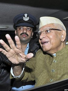ND Tiwari on his return to Delhi from Hyderabad in 2009