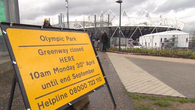 Olympic Greenway closure sign