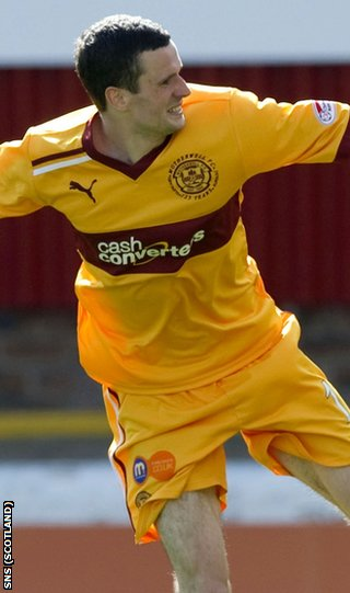 Murphy celebrates after scoring Motherwell's third goal