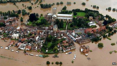Tewkesbury flooded in 2007