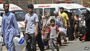 Residents fleeing Lyari