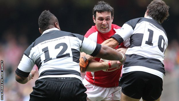 Stephen Jones takes on the Barbarians in 2011