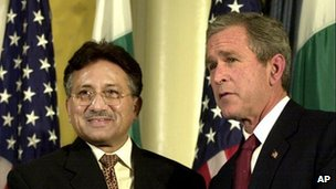 George W Bush with Pervez Musharraf in 2001
