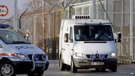 Police van carrying Breivik leaves Ila prison near Oslo (16 Apr 2012)