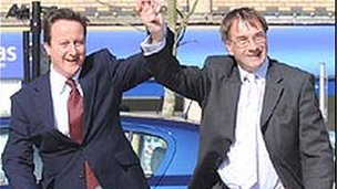 David Cameron a Gordon Kemp