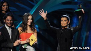 Nelly Furtado at the 2010 Latin Grammys