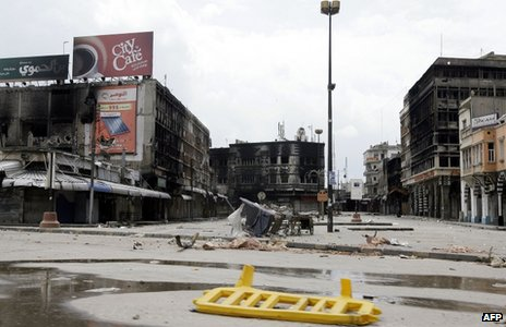 Burned-out buildings in the al-Hamadiya district of Homs (3 May 2012)